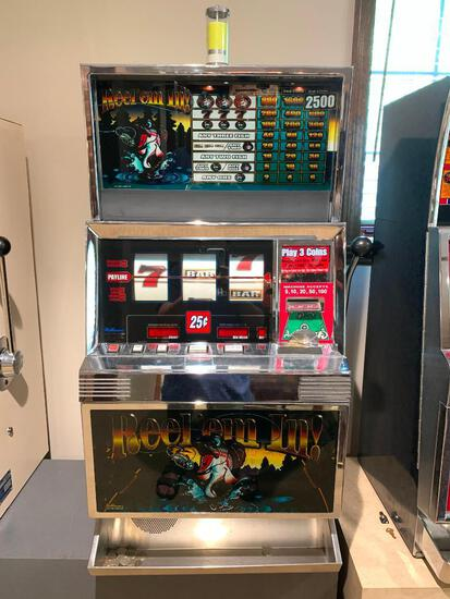 """Reel 'Em In Slot Machine w/Keys. This is 42"""" Tall x 24"""" Wide x 20"""" Deep. As Pictured"""