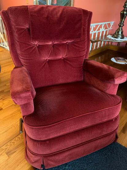 Lazy Boy Recliner (Matches Lot #18) - As Picture