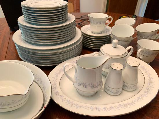 """Contemporary Noritake China """"Marywood"""" Pattern Setting for 8 w/Minor Chipping - As Pictured"""