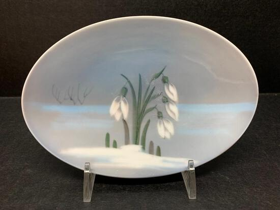 """Royal Copenhagen Porcelain Snowdrop Dish Marked 2685/852. This is 6"""" Long - As Pictured"""
