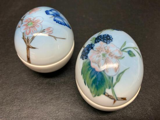 """Pair of B & G Porcelain Hand Painted Egg Marked 297. They are Approx 2"""" Tall - As Pictured"""