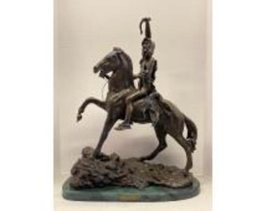 Online Only Auction of Knives, Statues, Die Cast!