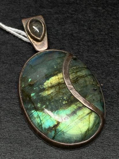 """Sterling Silver """"Jennifer Stone"""" Pendant Weight 27 gm - As Pictured"""
