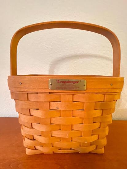 """1995 Longaberger Basket w/Liner """"The Dresden Basket"""" This is 12"""" T x 9"""" W x 5"""" D - As Pictured"""