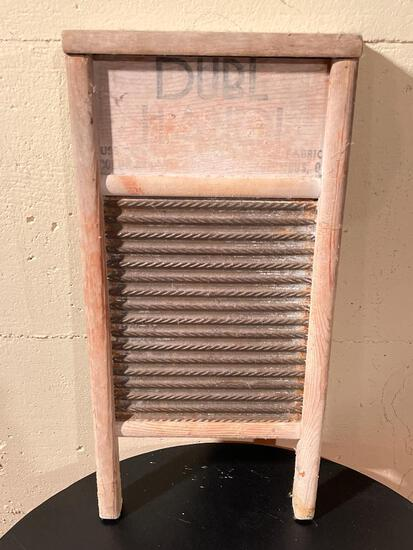 """Columbus Washboard Co Washboard. This is 18"""" x 9"""" - As Pictured"""