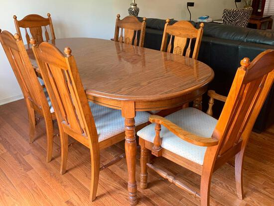 """Dining Room Table & 6 Chairs (2 Captain). the Table is 29"""" T x 69"""" W x 37"""" D (Without Leaf)"""