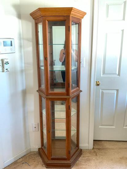 """Oak Curio Cabinet w/Lights & 4 Glass Shelves by Palaski Furniture. This is 71"""" T x 19"""" W"""