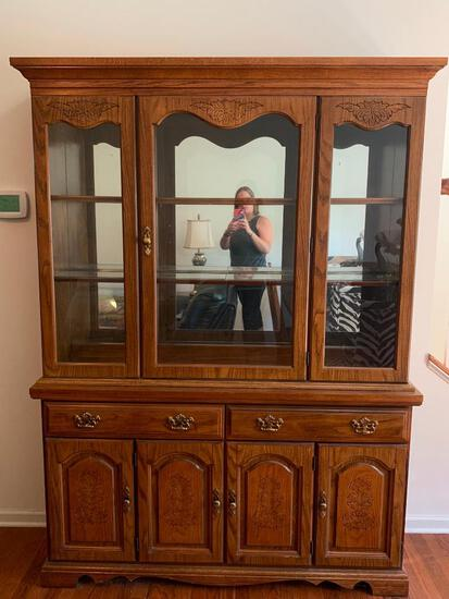 """2 Piece Broyhill China Hutch. This is 78"""" T x 57"""" W x 15"""" D - As Pictured"""