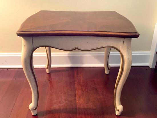 """Side Table by Thomasville. This is 17"""" T x 20"""" W x 19"""" D - As Pictured"""