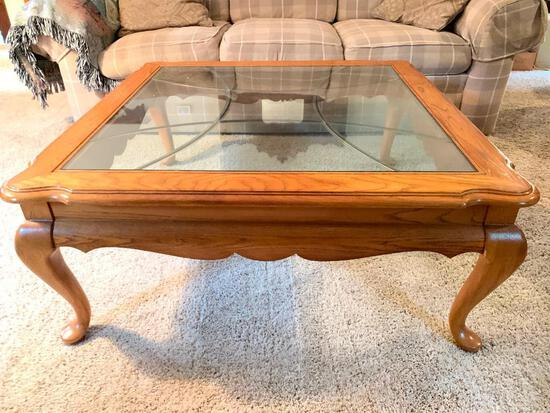 """Thomasville Wood & Leaded Glass Coffee Table. This is 18"""" T x 41"""" W x 41"""" D - As Pictured"""