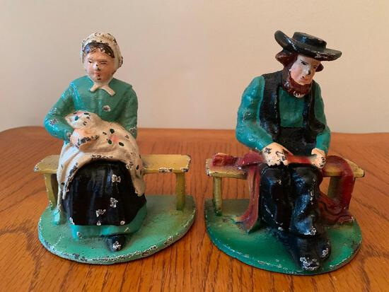 """Vintage Cast Iron Amish Man & Woman Bookends. They are 5"""" Tall - As Pictured"""