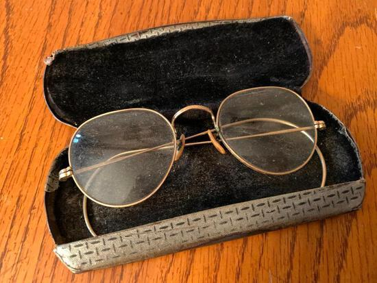Antique Glasses w/Case - As Pictured