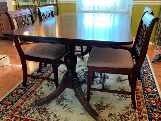 """Dining Room Set w/Leaf & 4 Chairs. The Table is 30"""" T x 60"""" L x 40"""" W (without leaf) - As Pictured"""