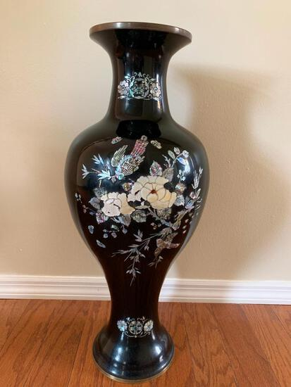 """24"""" Oriental Style Vase. This Matches the Coffee Table w/Mother of Pearl & Abalone Inlay"""
