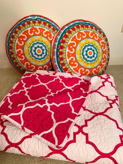 """Pair of 4"""" x 17"""" Round Decorator Pillows and Full Size Quilt."""
