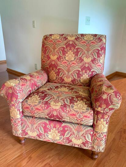 """Side Chair by Thomasville. Very Nice Condition 39"""" T x 34"""" W x 22"""" D"""