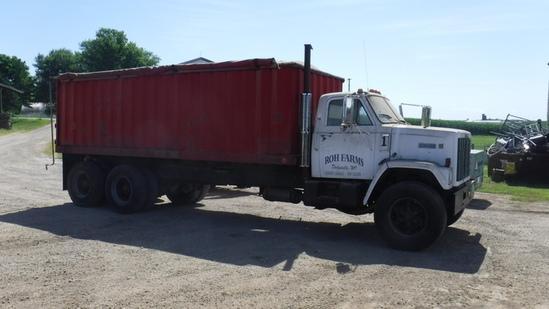 1981 GMC Brigadiere Grain Truck