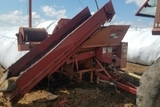 Kelly Ryan 2W-94 Centerline Silage Bagger