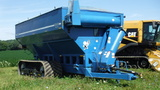 Kinze 1040 Grain Cart