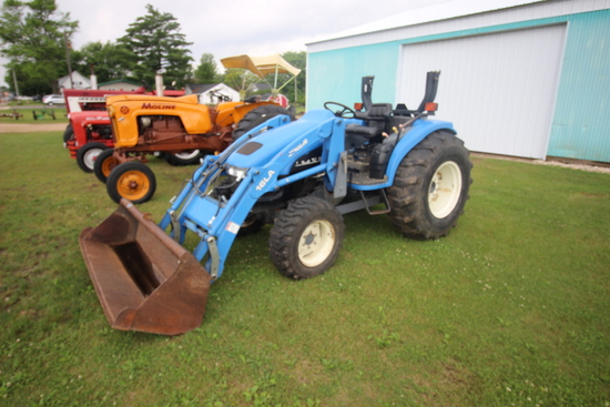 New Holland TC40D Tractor