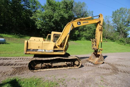 John Deere 490D Wide Track Excavator