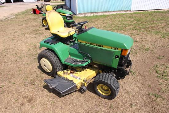 John Deere 445 Lawn Mower