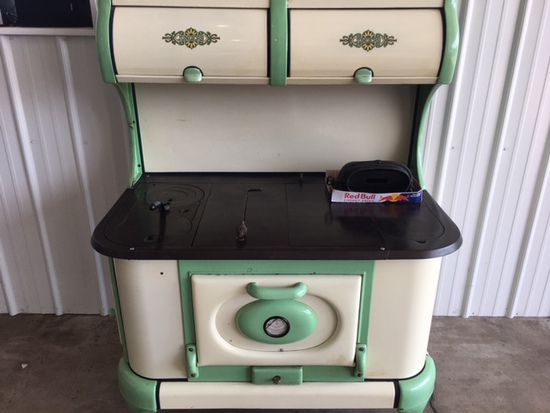 Jungers Model E Cast Iron Cook Stove