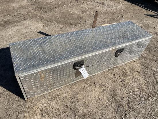 Diamond Plate truck toolbox