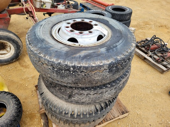 (4) 11.00 x 20 Tires & Rims