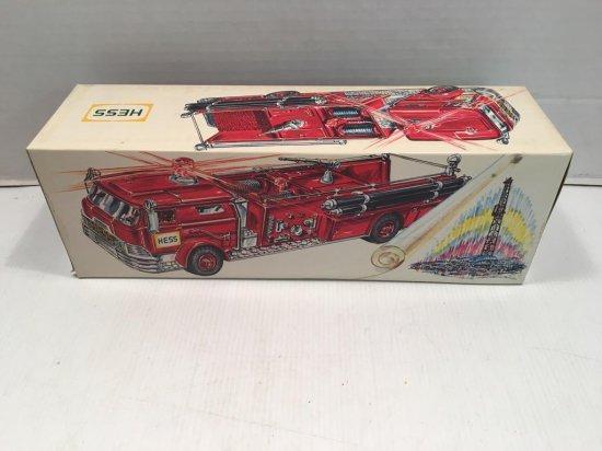 HESS fire truck (NIB)