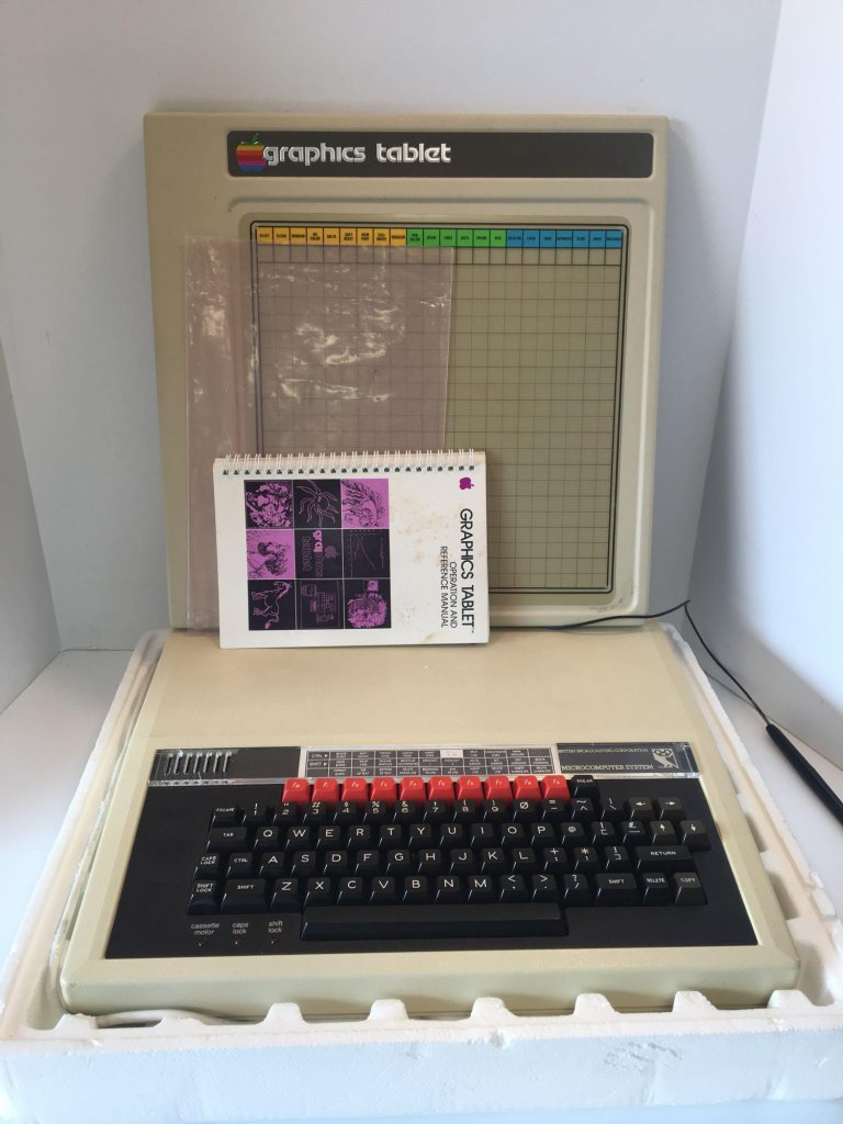 Vintage APPLE Graphics Tablet; British BBC Microcomputer System