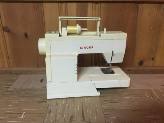 Singer Merritt 4530C sewing machine
