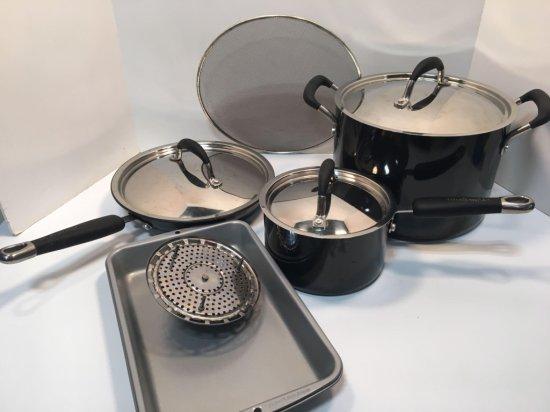 KITCHEN AID lot(stock pot/lid,saucepan/lid,fry pan/lid),more