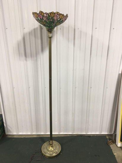 Slag type floor lamp