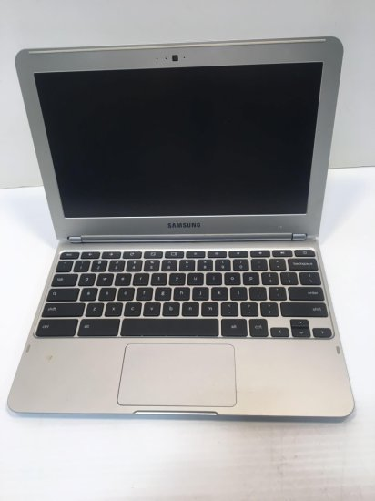 SAMSUNG Chrome notebook(model XE303C12)