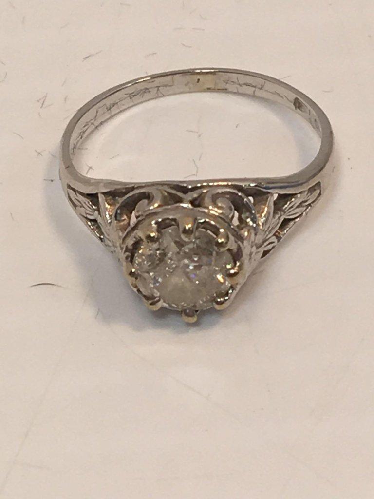 Antique 1 Carat Diamond Solitaire Ring (14K)