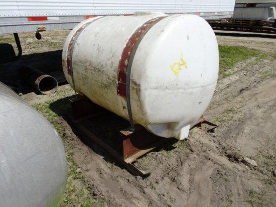 500 GAL PLASTIC TANK IN STEEL CRADLE
