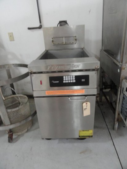 FRYMASTER DEEP FRYER MOD GCSD NAT GAS SN 0210KT0010 ON CASTERS