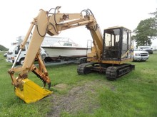 CAT E70B EXCAVATOR 3205 HRS WITH ELEC THUMB