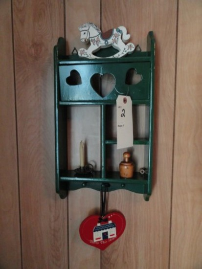 SMALL CURIO SHELF AND CONTENTS INCLUDING COLLECTIBLES
