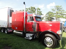 2000 PETERBILT 379 WALK IN SLEEPER 1644938 MILES