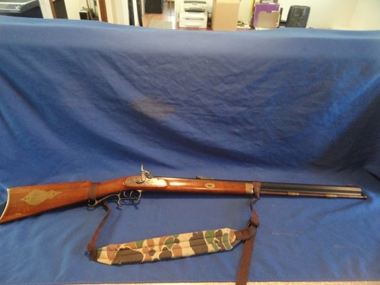 THOMPSON CENTER ARMS CAL 54 BLACK POWDER MUZZLE LOADER 28