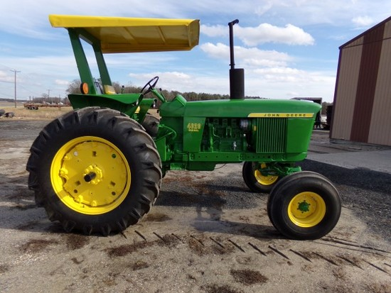 #3001 JOHN DEERE 4020 LATE MODEL RESTORED SYNCRO RANGE TRANS WITH SIDE CONS