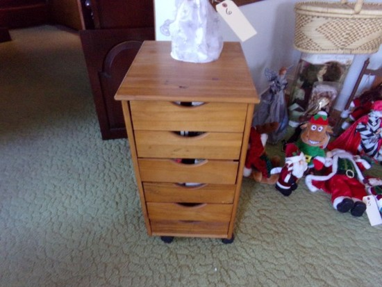 SMALL PINE SIX DRAWER CHEST FULL OF CASSETTES WITH DECORATIVE ANGEL