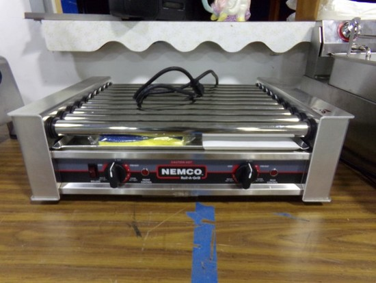 """NEW NEMCO ROLL A GRILL 24"""" ELECTRIC MODEL 8027"""