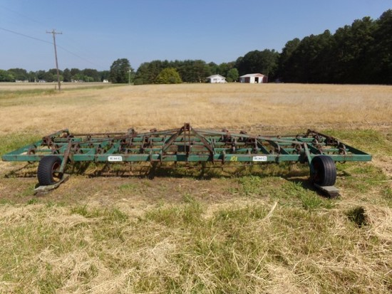 KMC STINE CULTIVATOR 20' WITH DOUBLE BARREL SN 40395