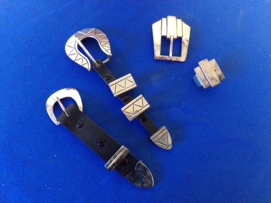 MEXICAN STERLING- 3 BUCKLES- 2 TIPS& 4 SLIDES (6.97 Toz)