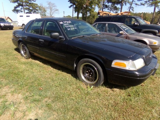 #3701 2009 FORD CROWN VIC 180000+ MILES POLICE INTERCEPTOR BUCKET SEATS CLO