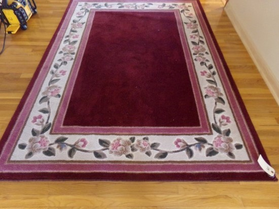 RUG APPROXIMATELY 7 1/2 BY 5 1/2