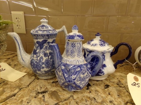 COLLECTION OF THREE TEA POTS ALL BLUE AND WHITE